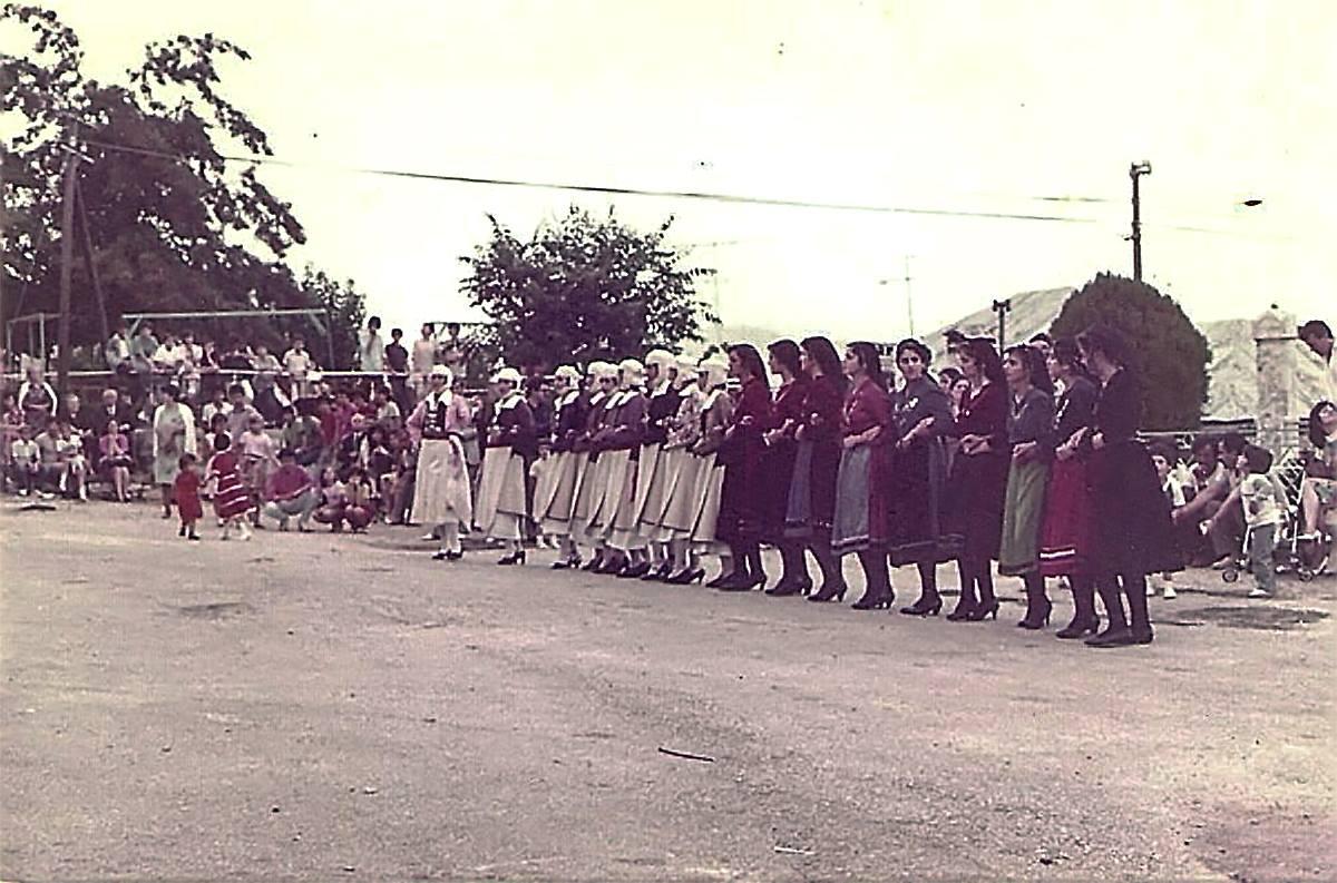 Βήσσανη 1982.15 Αυγούστου. πηγή φωτογραφίας: Ζωή Φούκη, επεξεργασία: Μπάμπης Καββαδίας, Δρυόμηλο